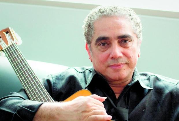 """Música """"Jardim da Fantasia"""" é um dos sucessos de Paulinho Pedra Azul (foto: divulgação)"""