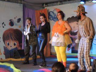Dia das Crianças tem teatro no Caic e Parque Municipal