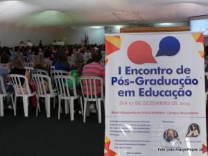 Lançamento foi realizado no I Encontro de Pós-Graduação em Educação do campus Muzambinho.