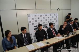 Entrevista coletiva foi realizada na tarde desta terça-feira (11).