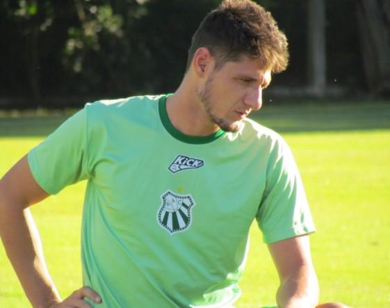 Fernandão foi o capitão do Uberlândia (MG) no acesso ao módulo 1 do Campeonato Mineiro.