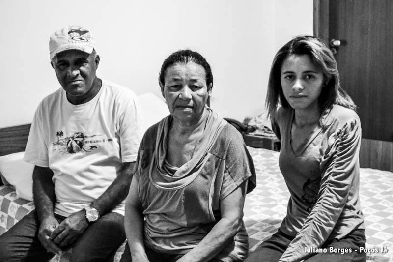 José Eduardo, Maria Luísa e Ludmila Luísa perderam tudo e agora moram em um hotel na cidade de Mariana.