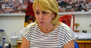 Regina CIoffi reclama do sistema de arrecadação municipal.