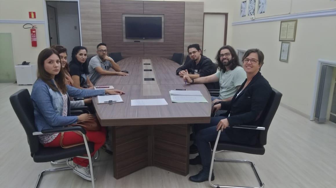PROIBIÇÃO DAS CHARRETES | Vereadores se reúnem com grupo Anjos de Patas
