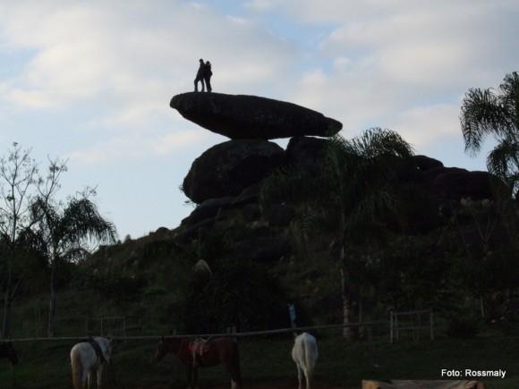 As rochas da Pedra Balão têm cerca de 60 milhões de anos.