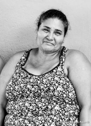 Maria José se emociona quando lembra dos peixes no Rio Doce.