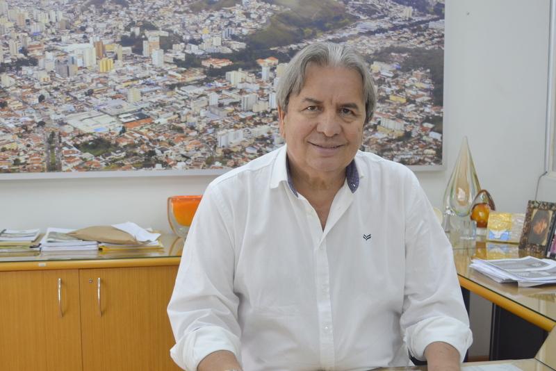 CÂMARA | 'Eu gostaria de ficar os dois últimos anos na presidência', afirma Antônio Carlos